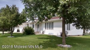 437 4th Street SE, Perham, MN 56573
