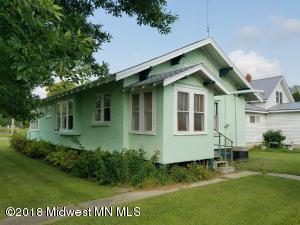 400 Balmoral Avenue, Henning, MN 56551
