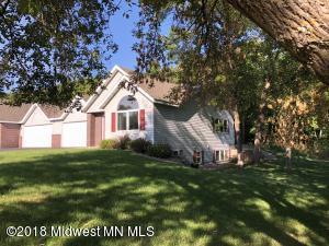 328 Shorewood Circle, Detroit Lakes, MN 56501
