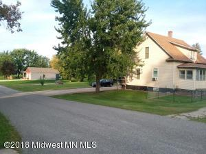 202 2nd Avenue N, Dent, MN 56528