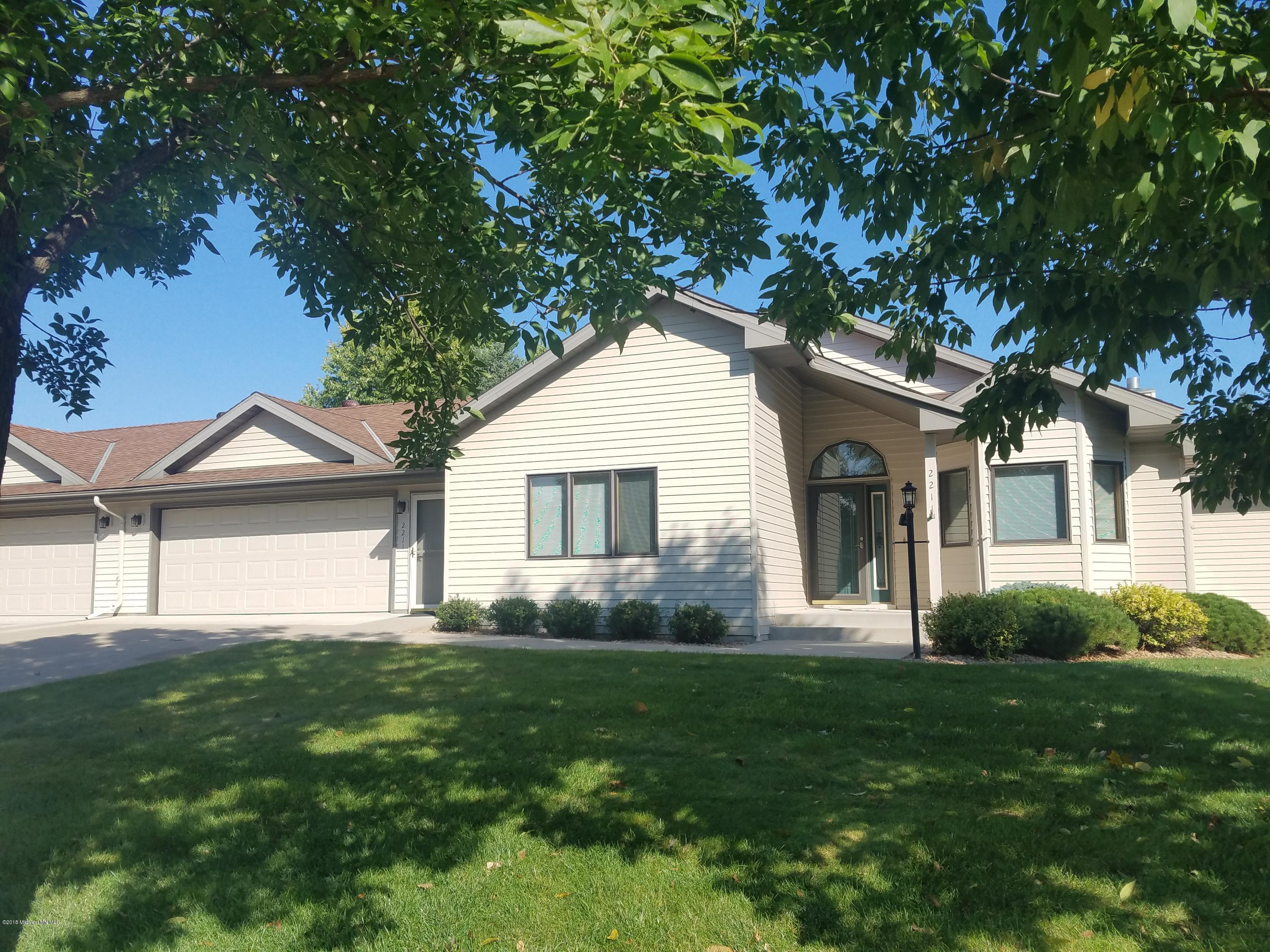 2211 Arrowwood Court, Fergus Falls, MN 56537