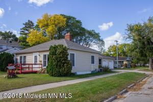 302 1st Avenue S, Perham, MN 56573