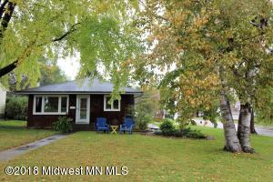 529 E St Charles Avenue, Fergus Falls, MN 56537