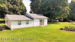1 Road side cabin