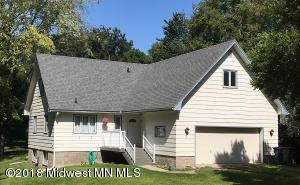 826 W Maple Avenue, Fergus Falls, MN 56537