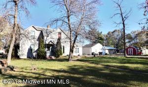 513 Davis Avenue, Detroit Lakes, MN 56501