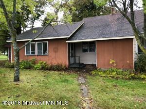 104 S Clayborn Avenue, Parkers Prairie, MN 56361