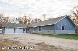 27599 Oak Lane, Detroit Lakes, MN 56501
