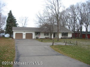 568 S Shore Drive, Detroit Lakes, MN 56501