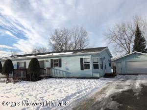 330 Maple Drive, Detroit Lakes, MN 56501