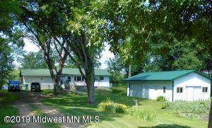 25240 East Cozy Cove Road, Detroit Lakes, MN 56501