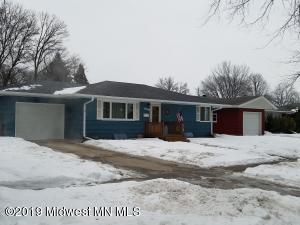 1806 15th Street S, Moorhead, MN 56560