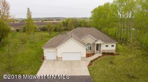 525 Woodland Drive N, Fergus Falls, MN 56537