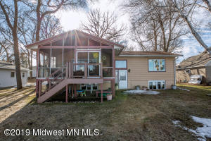 20469 Oakland Beach Road, Detroit Lakes, MN 56501