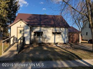 402 2nd Avenue NW, Bertha, MN 56437