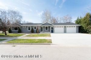 219 E Division Street, Elbow Lake, MN 56531