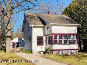 924 Summit Avenue, Detroit Lakes, MN 56501