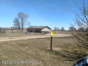 512 Birch Ave W., Frazee, MN 56544