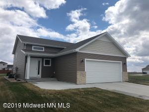 4558 13th Street S, Moorhead, MN 56560