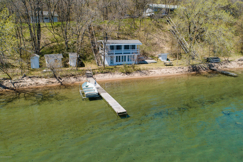 Lakeshore | Mohagen Real Estate