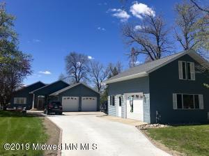 2268 Long Lake Road, Detroit Lakes, MN 56501