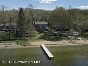 948 S Shore Drive, Detroit Lakes, MN 56501
