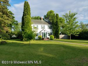 455 2nd Avenue SE, Perham, MN 56573
