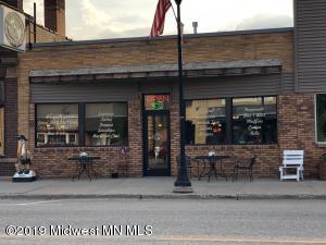 30 N Broadway, Pelican Rapids, MN 56572