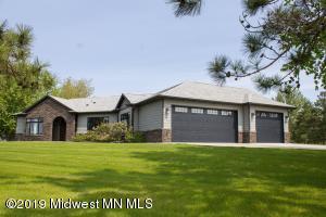 1006 E Lakeside Estates, Perham, MN 56573