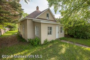 702 E Junius Avenue, Fergus Falls, MN 56537