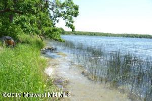 007 Crystal Beach Ln, Pelican Rapids, MN 56572