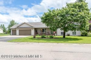 1002 6th Avenue NW, Perham, MN 56573
