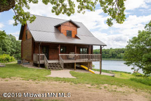 23337 Woodbine Dr, Battle Lake, MN 56515