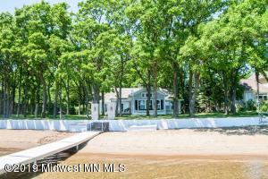 51618 Pelican Point Drive, Detroit Lakes, MN 56501