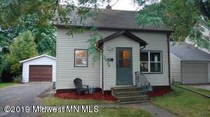 707 Lyndale Avenue, Morris, MN 56267