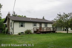 518 1st Street NE, Menahga, MN 56464