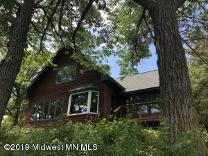 1097 Lakewood Drive, Detroit Lakes, MN 56501