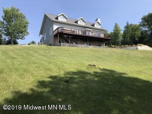 21952 NE Pickerel Lake Road, Detroit Lakes, MN 56501