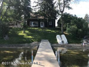 668 South Shore Drive, Detroit Lakes, MN 56501
