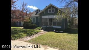 711 Jefferson Street S, Wadena, MN 56482