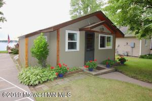 1177 W Lake Drive, Detroit Lakes, MN 56501