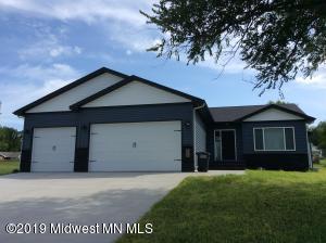 1459 Huron Drive, Detroit Lakes, MN 56501