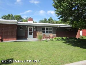124 8th Ave Ne, Elbow Lake, MN 56531