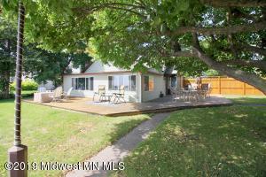1149 W Lake Drive, Detroit Lakes, MN 56501