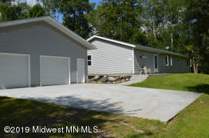 10975 280 Avenue, Detroit Lakes, MN 56501