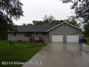 303 W Pleasant Avenue, Clitherall, MN 56524