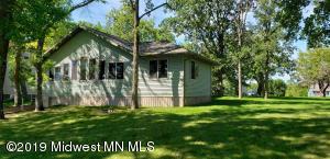 826 Shorewood Drive, Detroit Lakes, MN 56501