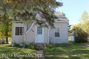 226 Main Avenue S, New York Mills, MN 56567