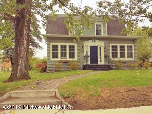 320 Willow Street E, Detroit Lakes, MN 56501