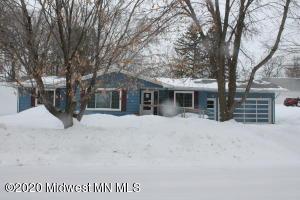 413 3rd Street SE, Pelican Rapids, MN 56572